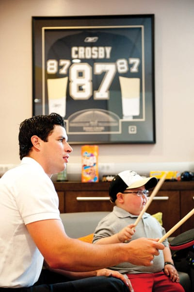 Sidney Crosby hangs out at the IWK in the new teen lounge he helped to provide.