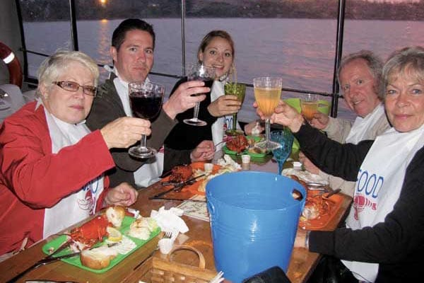 The evening tour aboard the Top Notch features a lobster dinner aboard the boat