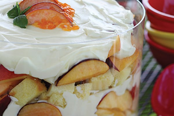 Sandra's Peach Trifle