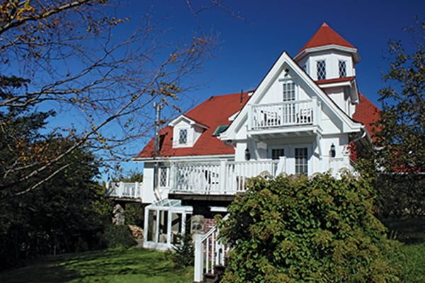 Doctor's House Inn & Spa, a Tudor-style mansion in Green Harbour, NL, is a popular spot for weddings.