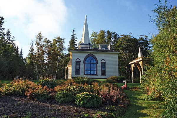 The secluded Steeple Cottage overlooks the Northumberland Strait.