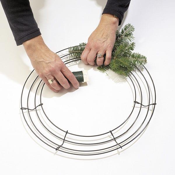 Make A Christmas Wreath Saltscapes Magazine