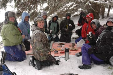In St. Ann's women will learn about traditional outdoor winter skills such as camping—and picnicking.