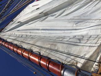 Raising the sail by